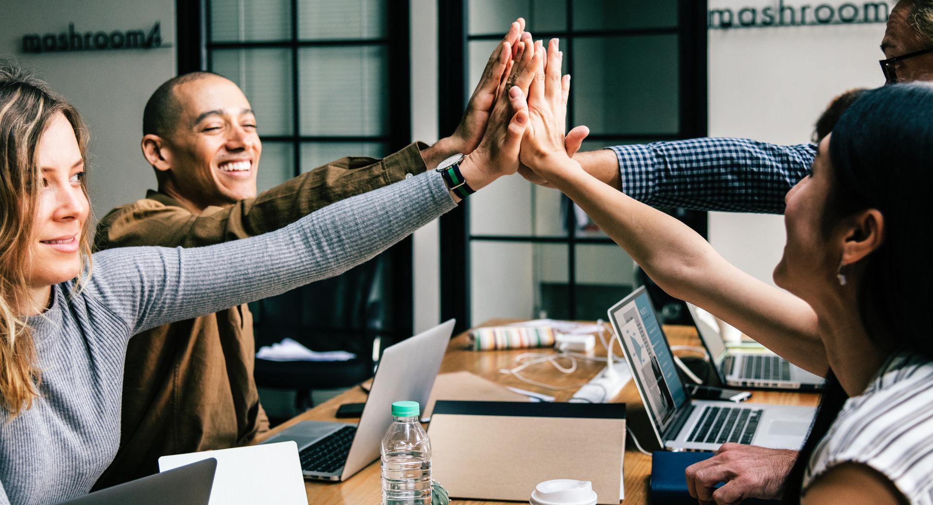Tipps für die Zusammenarbeit – Honorare, Verträge und andere Absprachen